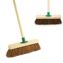 18inch Stiff Broom Complete with Handle
